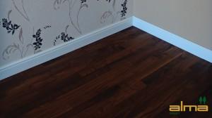 houtsoort NOTEN planken stroken visgraat tapis bourgogne multiplank 3 strooks lamel was lak olie ALMA PARKET VLOEREN