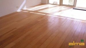 houtsoort ROBIJN planken stroken visgraat tapis bourgogne multiplank 3 strooks lamel was lak olie ALMA PARKET VLOEREN