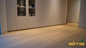 01504 Planken ETTEN LEUR EIKEN RUSTIEK NATUUR multiplank wit tapis bourgogne lamel q2 visgraat alma geolied PARKET VLOEREN BREDA
