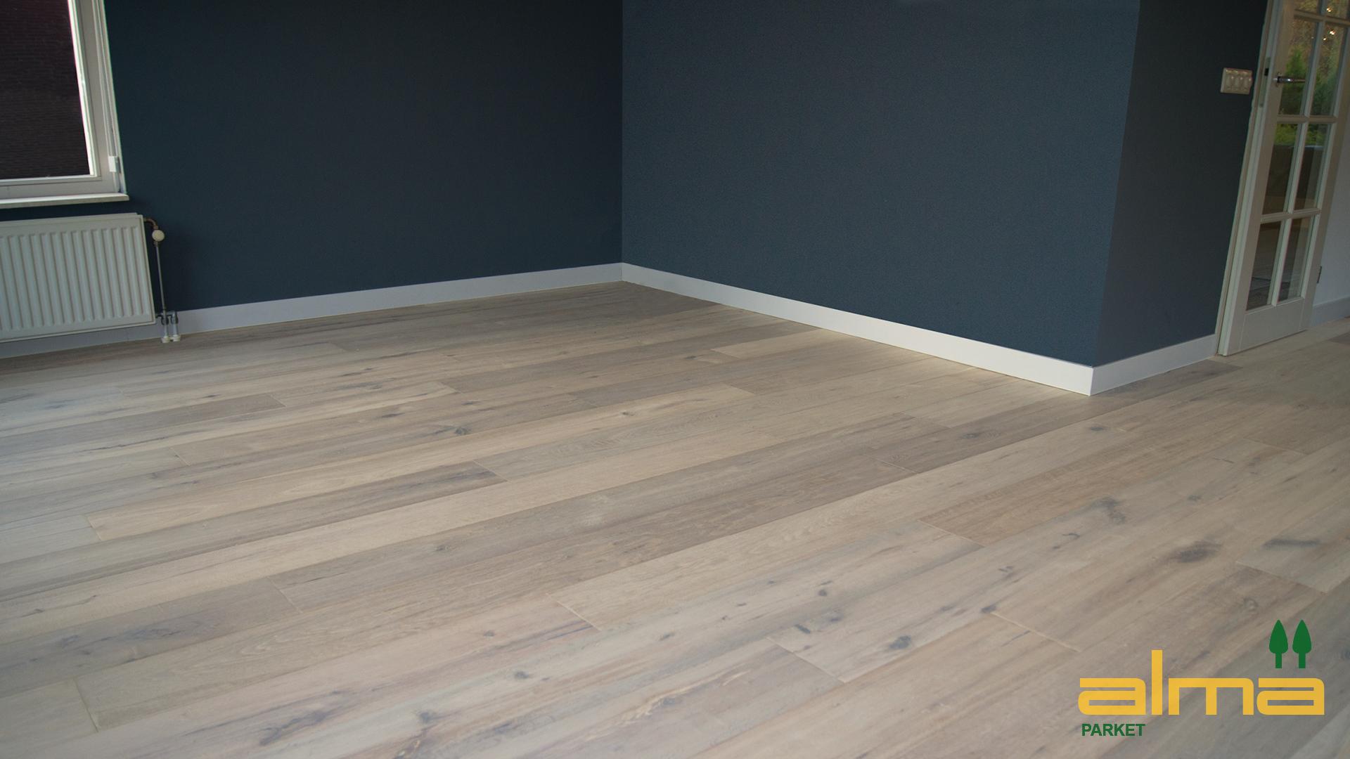 Nieuw eiken vloer multiplank badkamermeubels ontwerpen