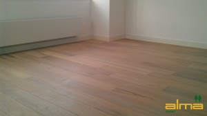 07504 Planken ROOSENDAAL EIKEN RUSTIEK NATUUR multiplank wit tapis bourgogne lamel q2 visgraat alma geolied PARKET VLOEREN BREDA
